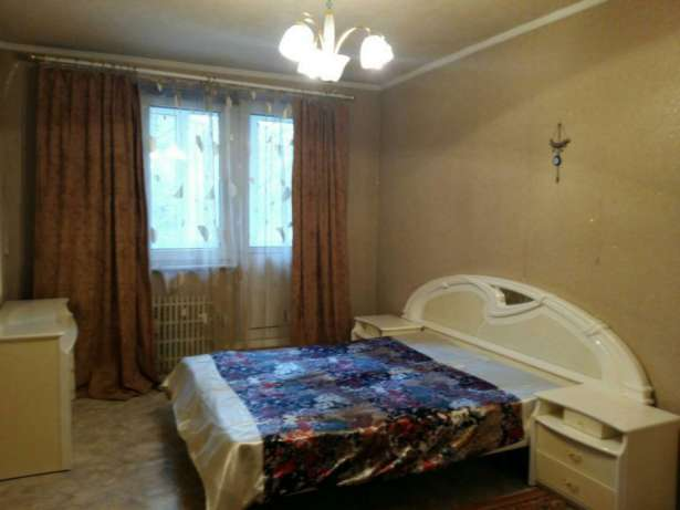 3-bedrooms apartment for daily rent in Kharkiv on Saltovka