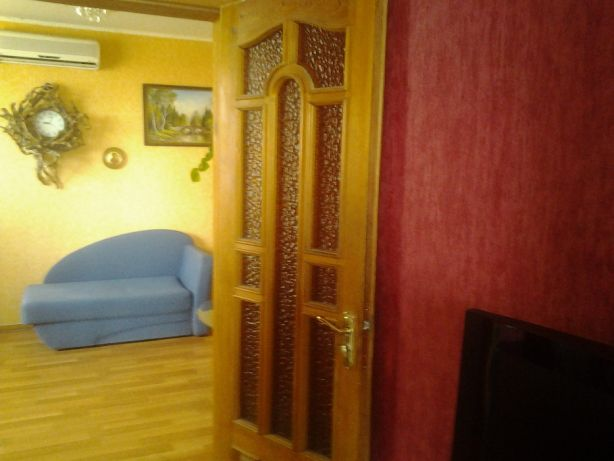 Rent good 3 rooms flat in Kharkov center